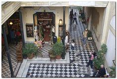 de casas de conventillo, hoy convertida en paseo de compras en San Telmo, Buenos Aires