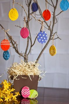 Βάφουμε από τώρα τα αυγά του Πάσχα!
