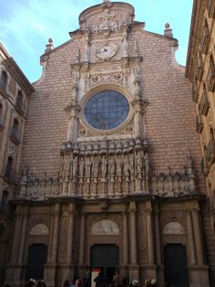 Photo by Emily Hass  Barcelona Montserrat is a spectacularly beautiful Benedictine monk mountain retreat north west of Barcelona. The Cottey students visited this town as a large group.