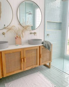 home decor eclectic Colour palette on point Our Luxe Bath range styled at the oh-so dreamy bilinga_beach_abode Home Decor Styles, Home Decor Items, Cheap Home Decor, Home Decor Accessories, Classic Home Decor, Classic House, Bad Inspiration, Bathroom Inspiration, Bathroom Interior Design