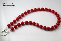 Vernada Design -puuhelmikaulakoru, punainen, isot helmet, pitkä