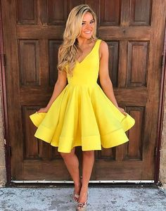 Cute V Neck Yellow Homecoming Dresses,Sleeveless Short Prom Dresses,YY211