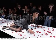 models falling on runway | fashion_model_falling_on_runway_700-01464123.jpg