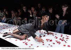 models falling on runway   fashion_model_falling_on_runway_700-01464123.jpg