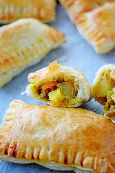 Each baked curry puff is loaded up with mince, spices and root vegetables. The filling is then wrapped in puff pastry and baked until golden and delicious. Savory Pastry, Puff Pastry Recipes, Savoury Baking, Flaky Pastry, Pastries Recipes, Indian Food Recipes, Beef Recipes, Baking Recipes, Vegetarian Recipes