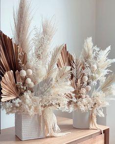 Dried Flower Arrangements, Beautiful Flower Arrangements, Flower Centerpieces, Dried Flowers, Beautiful Flowers, Boho Wedding Decorations, Flower Decorations, Deco Buffet, Rama Seca