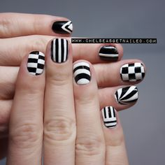 Stay on trend with black and white #nail designs.