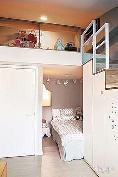 주택의 장점을 접목시킨 복층 아파트 : 네이버 매거진캐스트 Loft Spaces, Small Spaces, Tiny House Living, House 2, Interior Styling, Interior Design, Compact Living, Small Studio, Cool Rooms
