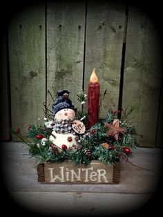 #K224 NO SEW Winter Box  Just something different!  Snowman is easy to make using styrofoam balls and can be used in old antique cheese boxes, sewing drawers or wood box as shown.