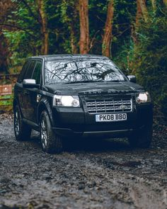 """@landroverphotoalbum on Instagram: """"I've chosen the Freelander 2 to make a film about using only the Samsung Galaxy Note 20 Ultra & Buds Live (the buds were included in the…"""" Freelander 2, Land Rover Freelander, Galaxy Note, Samsung Galaxy, Film, Vehicles, Car, Instagram, Movie"""