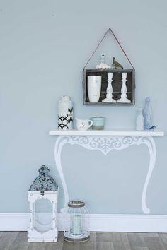 DIY shelf - by Shelly Bergh, picture Megan Miller