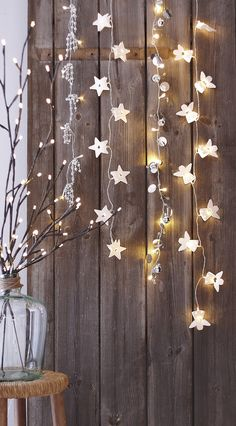A Uniquely Enchanted Christmas Inspiration deco decoration christmas noel Decoration Christmas, Noel Christmas, Christmas Is Coming, Christmas And New Year, All Things Christmas, Winter Christmas, Christmas Crafts, Holiday Decor, Rustic Christmas