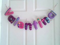 Felt Crafts, Diy And Crafts, Name Banners, Felt Dolls, Dyi, Crafting, Lily, Baby Shower, Bijoux