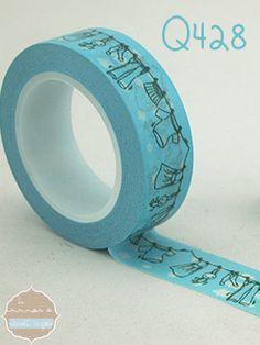 Precioso #washi tape azul con nubecitas y ropa tendida que puedes encontrar ya en www.lamardewashitapes.es