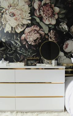The Vintage-Inspired Dresser Line the inlays of a piece of furnishing with gold contact paper to create a dynamic effect and lustrous color block. Note how the gold element instantly uplifts the look of this dresser!