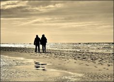 Romance at the sea......[sepia]