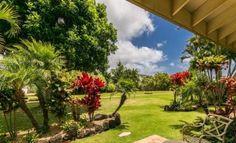 Gorgeous, Tropical Home Short Walk to Beaches -VaycayHero