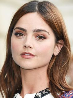 Jenna Coleman beauty look: Let your eyebrows do the talking