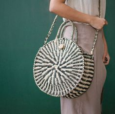 woven circular bag Handmade Handbags & Accessories - http://amzn.to/2ij5DXx