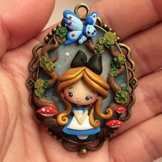 *work in progress* * travaux en cours * Polymer Clay Dolls, Polymer Clay Projects, Polymer Clay Jewelry, Clay Keychain, Clay Magnets, Fairy Figurines, Alice In Wonderland, Butterfly Wonderland, Cute Clay