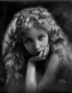 Juanita Horton later to become Bessie Love, was an actress in silent films early talkies. With a small frame delicate features, she played innocent young girls wholesome leading ladies. Vintage Glamour, Vintage Girls, Vintage Beauty, Vintage Vogue, Vintage Movie Stars, Vintage Movies, Vintage Hollywood, Classic Hollywood, Hollywood Glamour
