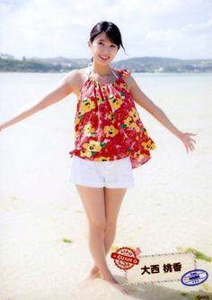 ▼AKB48 チーム8 2周年 グアム 大西桃香 生写真