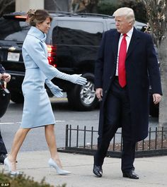 First Lady Melania Trump & President Donald J Trump Donald Trumph, Donald Trump Family, Donald And Melania, Milania Trump Style, Melania Knauss Trump, Trump Picture, Malania Trump, Trump Is My President, First Lady Melania Trump