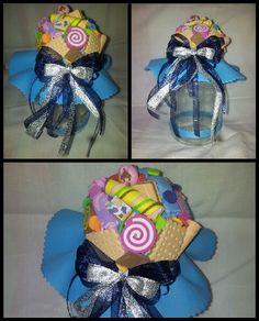 Frasquinho azul com doces