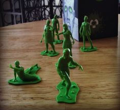 Toy Soldiers? Pah! Toy Zombies!