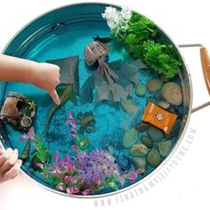 Jellyfish ocean small world play tray + DIY egg carton jellyfish. Books Australia, Backyard Toys, Blue Food Coloring, Small World Play, Small Pools, Books For Boys, Teaching Kids, Play Activity, Ocean