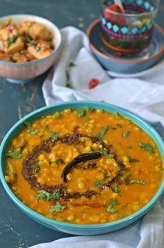 Lauki Chane ki Daal :: Bottle gourd with bengal gram :: Dudhi / Ghiya with Chana Dhal Lentil Recipes, Curry Recipes, Vegetarian Recipes, Cooking Recipes, Vegetable Recipes, Healthy Recipes, Gujarati Recipes, Indian Food Recipes, Ethnic Recipes