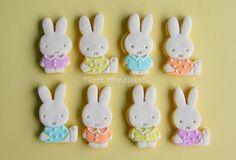 Mini Bunny Cookies by Three Honeybees, via Flickr