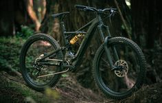 Specialized's Turbo Levo Kenevo is a long travel e-bike to help you have as much fun on the shuttle as you do on the descent​. E Mtb, Bicycle Rims, Drift Trike, Specialized Bikes, Bmx, Mountain Biking, Bicycling, Electric, Outdoors