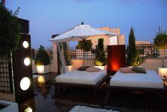 Chillout on pinterest madrid mesas and penthouses for Decoracion de casas balinesas