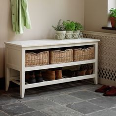 Our Tetbury range is crafted exclusively to provide storage for all the things that accumulate in a hallway - whilst maximising every precious inch of space. Made from quality sengon wood and veneers in an Ivory finish.