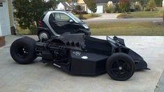 This built Batman Trike would be so perfect for me! Custom Motorcycles, Custom Bikes, Custom Cars, Reverse Trike, Karting, Batmobile, Kit Cars, Go Kart, T Rex
