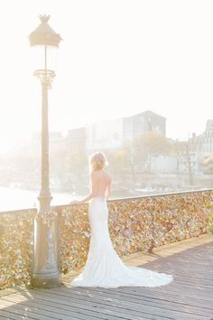 A magical Paris bride: http://www.stylemepretty.com/destination-weddings/2014/09/10/dreamy-autumn-honeymoon-shoot-in-paris/ | Photography: French Grey - http://frenchgreyphotography.com/