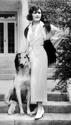 Pola Negri, with her dog at her California replica of the White House - 1920s - Getty Images