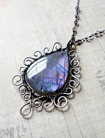 Handmade Wire Jewelry Ideas- its good to add a lil color to your steam punk outfit….AZ