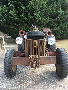 Antique Tractors, Antique Cars, Ford Tractors, Down On The Farm, Trucks, Antiques, Vehicles, Art, Tractors