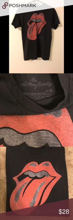NWOT Brandy Melville Rolling Stones Retail is $32+ tax. No longer available online & in store. Brandy Melville Tops Tees - Short Sleeve
