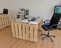 http://mebelipaleti.com/wp-content/uploads/2014/04/biuro-ot-paleti-za-ofisa.jpg