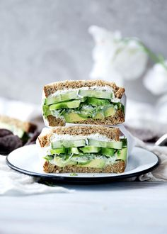 The Green Thumb Sandwich - Broma Bakery A green sandwich bursting at the seams with herbed goat cheese, avocado, alfalfa, and more. Healthy School Lunches, Healthy Snacks, Healthy Recipes, Healthy Life, Vegetarian Recipes, Healthy Sandwiches, Sandwich Recipes, Veggie Sandwich, Cucumber Sandwiches