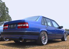 Volvo 940. A beautiful blue volvo 940, taken during Indonesian Volvo Gathering on September 2014. The car does not belong to me