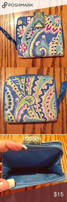 "Vera Bradley Wallet in Capri Blue. Vera Bradley Wallet in Capri Blue. Has zip space for change plus paper money and 6 ID holders. 4x4 1/4"" Vera Bradley Bags Wallets"