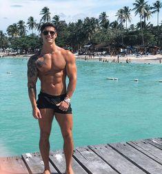 "2,595 Me gusta, 32 comentarios - Мужской Паблик (@brutall_men) en Instagram: ""@tooni_tooni 😎 @stand_alone_men"" Alone Man, Hot Teens, Love Fitness, Fit Motivation, Athletic Men, Men's Wardrobe, Beach Babe, Muscle Men, Male Beauty"