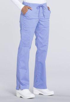 Creating the Men Minimalist Fashion Wardrobe Cute Scrubs Uniform, Scrubs Outfit, Medical Dental, Medical Uniforms, Womens Scrubs, Business Casual Men, Scrub Pants, Drawstring Pants, Work Wear