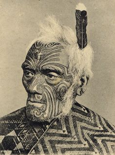 Maori warrior with moko face (photo) Maori Tattoos, Maori Tribal Tattoo, Irezumi Tattoos, Maori Art, Tribal Art, Filipino Tattoos, Polynesian Tattoos, Maori People, Tribal People