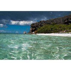 Pajaros beach in Mona Island Puerto Rico Caribbean Canvas Art - Maresa Pryor DanitaDelimont (26 x 18)