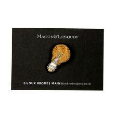 http://maconetlesquoy.com/en/hand-embroidered-jewels/307-petite-broche-brodze-main-noeud-papillon.html